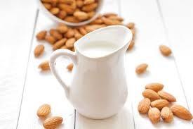 Latte di Mandorle Autoprodotto